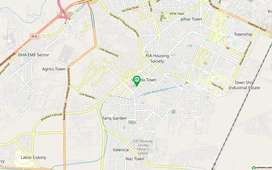 Upper Portion In Wapda Town Sized 10 Marla Is Available