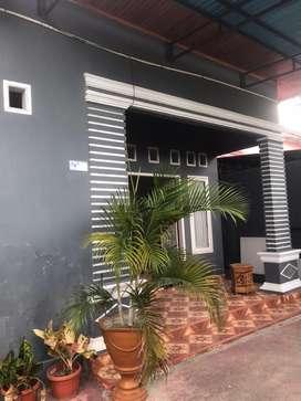 Dikontrakkan rumah minimalis 2 lantai lengkap dengan isinya