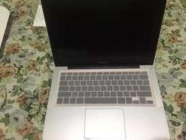 Jual macbook apple th 2011