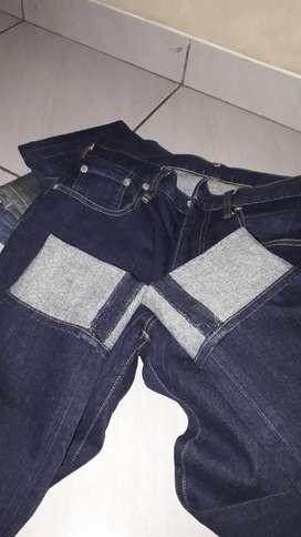 Jeans gu by uniqlo