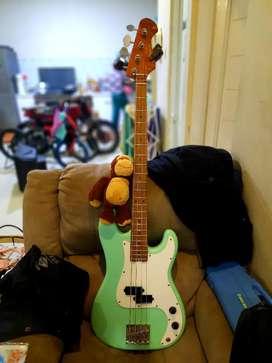 Precision steve harris bass