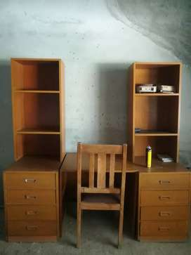 Book shelf with Study Table & Chair