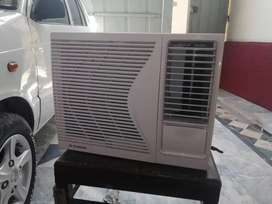 Windows ac inverter pona ton0.75 ton in blue area islambad