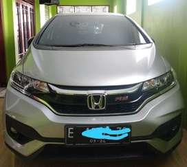 *DIJUAL*  Honda Jazz RS CVT Tahun produksi 2019 KM masih baru 7000 Tan