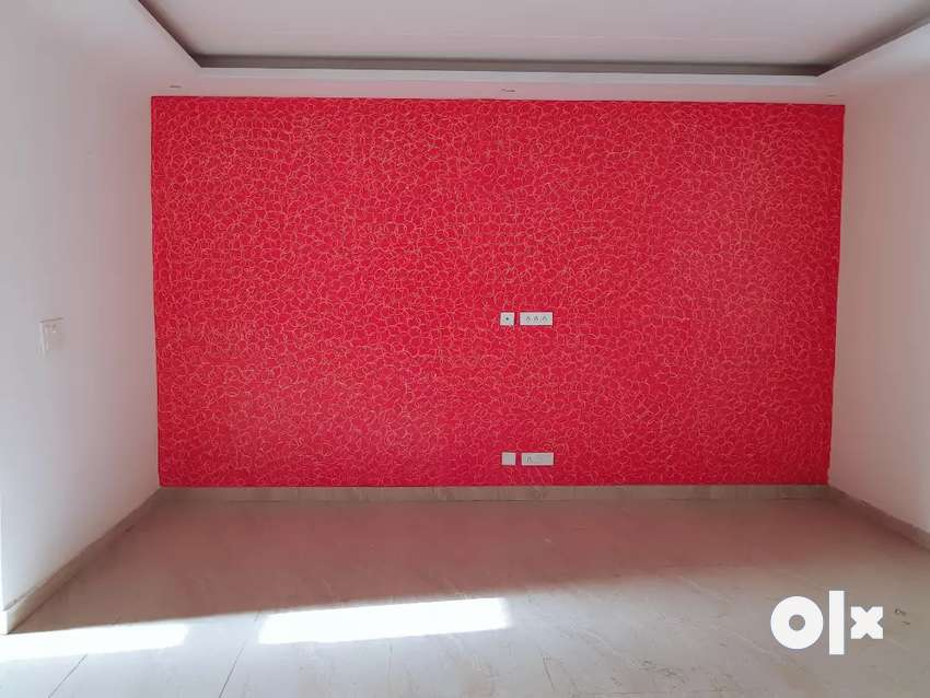Corner 3 bhk flat with 3 washroom in gated society with store 0
