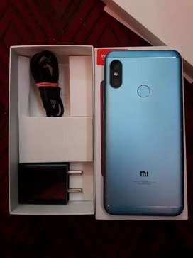 Redmi 6 pro 3/32 gb  with bill box and charger
