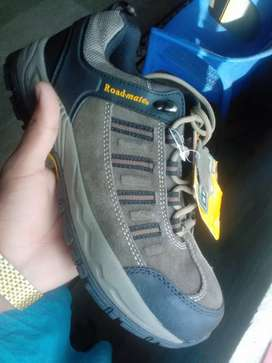 Roadmate imported shoes for men size 9