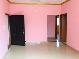 2bhk unfurnished flat
