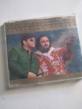 CD lagu Elton John Pavarotti