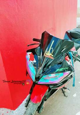 Yamaha R15 V2 good condition