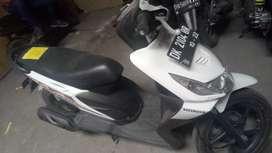 Beat Groovy Tahun 2012 DK2104OR (Raharja Motor Mataram)