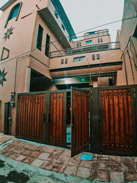 2 floors on 6 Marla Plot with Basement In Gulshan Colony