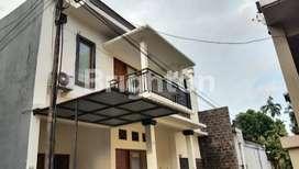 Rumah lantai 2 Modern minimalis di Denpasar Selatan