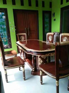 kursi makan meja model biasa