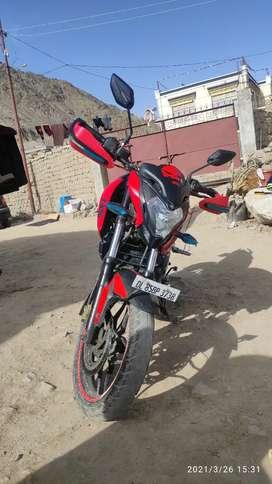 NS 200 Bajaj Pulsar in good condition