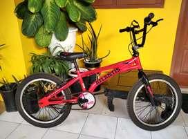 Sepeda anak bmx ATLANTIS merah keren murah