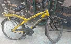 Mtb bikes Hercules cycle new tyre new chain set