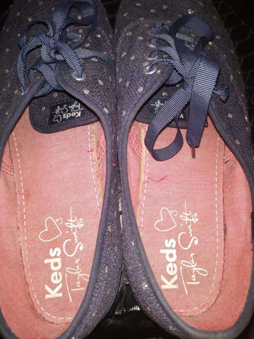 Sepatu keds taylor swift 0