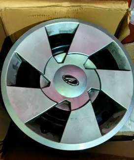 Xuv 500 stock 17 inch steel wheels with covers