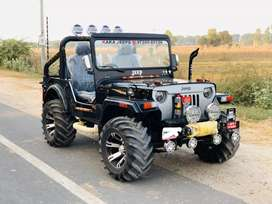 Modified black jeep open