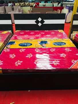 SALE SALE SALE maha Sale on Bedroom Set