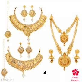 Gold plated jewellery set ( from directly shop )