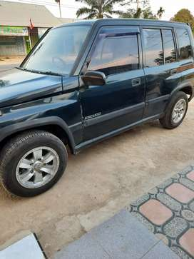 Di jual Suzuki Escudo Jlx94