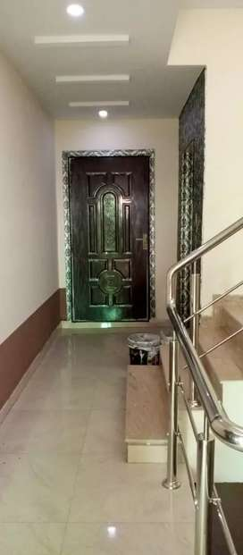 Bahria town Lahore 1 bad flat for Rent .near to talwar chonk