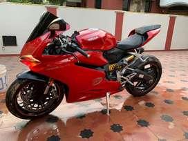 Ducati panigale 959/ red / pristine condition / with warranty