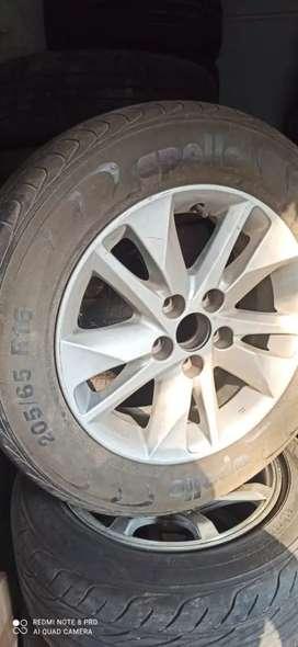 Toyota Innova Crysta 2019 change the new model upgrade wheel