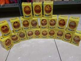 Boneka per emoji emoticon springdoll