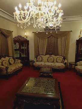 DHA VIP FURNISHED ROOM WITH LOUNGE/DRAWING ONLY FOR FEMALES