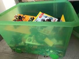 LEGO ex koleksi tidak dipakai lagi
