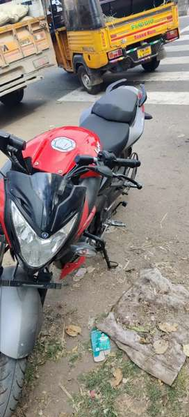 Ns 200 red colour paka condition