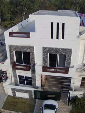 Brand new double story house 4 sale