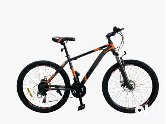 Brand new cycles in our Showroom-emi available