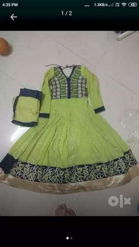 Pista color gown