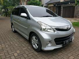 Toyota Avanza Veloz 1.5AT 2014