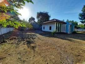 Tanah dan rumah di Sire KLU dekat pantai cocok untuk villa
