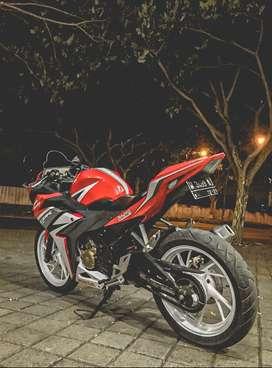 Honda CBR 150 R Thn 2016 akhir Full Modif Ex Cewek bisa TT AEROX