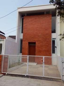 Rumah Baru Strategis Siap Huni!!!
