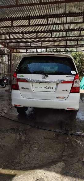 Toyota innova sel 2010