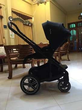 Nuna Mixx Caviar Stroller (Full Size)