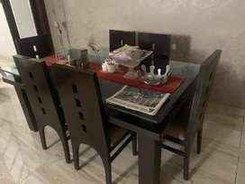 Dining table for 6 with chairs