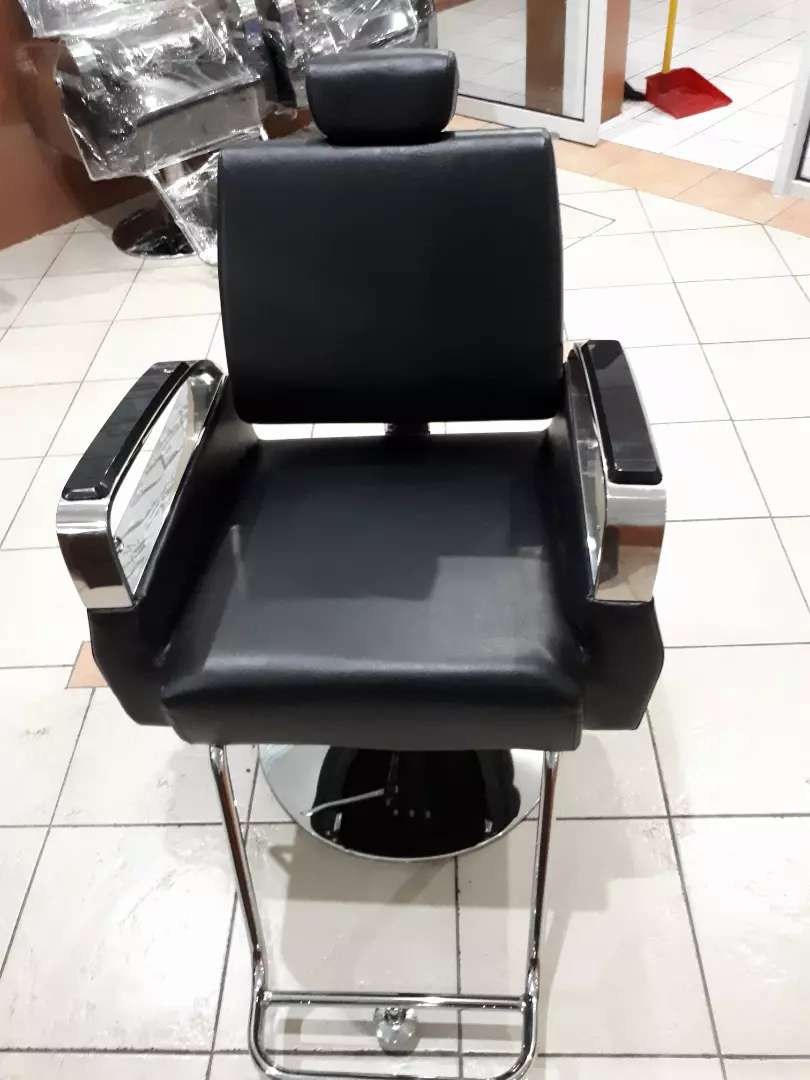 Kursi Barbershop Import 0