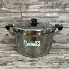Double Handle Pot Horse Brand 32cm