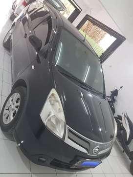 Nissan Grand Livina 2013 hitam XV1500 Automatic