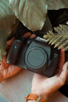 Canon 7D fullset lensa tele 18-200mm dan lensa fix 50mm