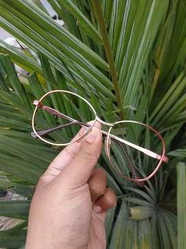 Kacamata vintage merk nova optics