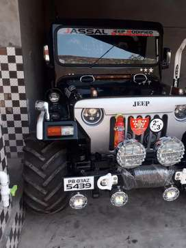 Mahindra modifier Willy Jeep